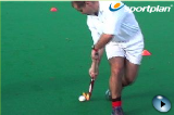 Recieving the ball from the right on the moveVideo TechniquesHockey Drills Coaching